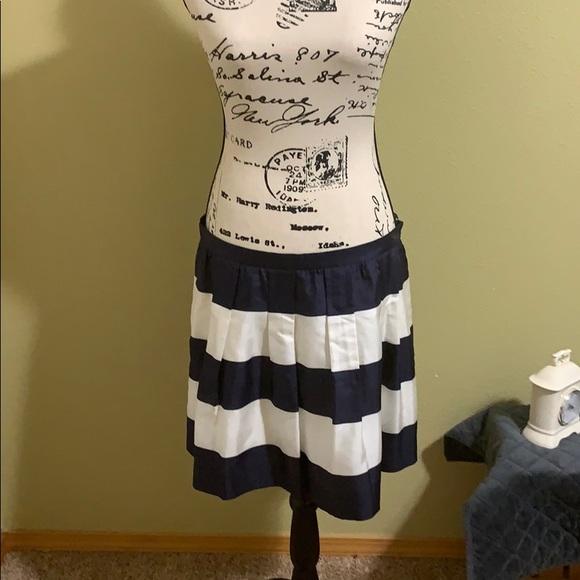 J. Crew Dresses & Skirts - J CREW SILK NAVY AND WHITE BOX PLEAT SKIRT.